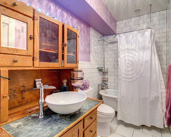 Phòng tắm kết hợp nhiều yếu tố tạo nên hiệu quả về cảm giác cho gia chủ