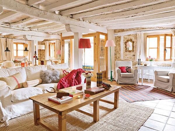 Country Style theo xu hướng Pháp với chất liệu gỗ được sử dụng linh hoạt
