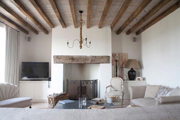Phong cách nội thất đồng quê Anh với hình ảnh đặc trưng là chiếc lò sưởi