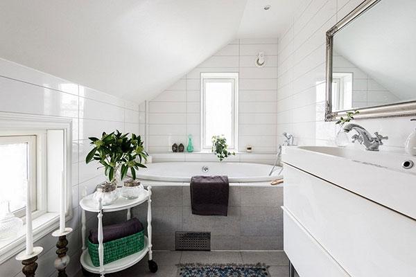 Sắc trắng điển hình của phong cách đồng quê giúp căn phòng mát mẻ, dễ chịu