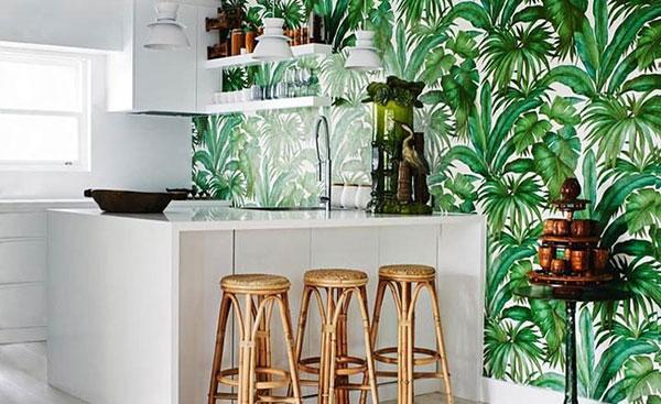Họa tiết dán tường theo phong cách nội thất nhiệt đới tạo nét đẹp đặc trưng