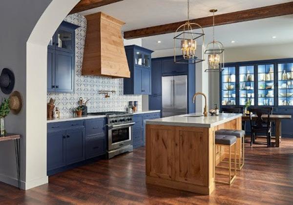Tủ bếp thiết kế ấn tượng, hài hòa đến từng chi tiết