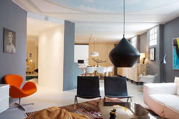 Món đồ trang trí của urban style được sử dụng một cách tinh tế, uyển chuyển